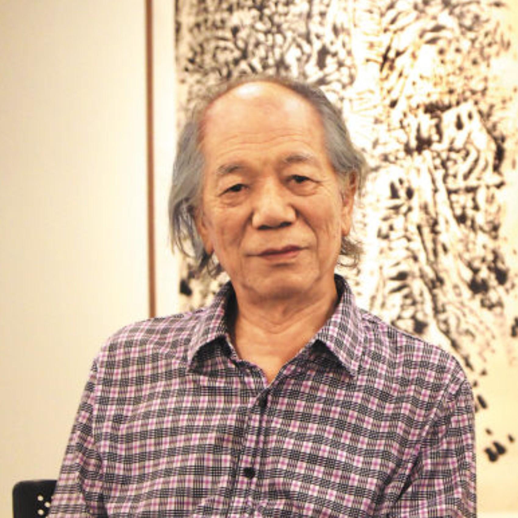 <h3>崔振宽</h3><p>1935年7月1日生,陕西西安人。1960年毕业于西安美术学院国画系并留校任教。1962年任西安特种工艺美术厂工艺美术师。1983年任陕西国画院画家,现为该院一级美术师。</p><p></p>