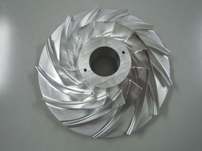 新疆机械加工厂来和你说说切割液的作用