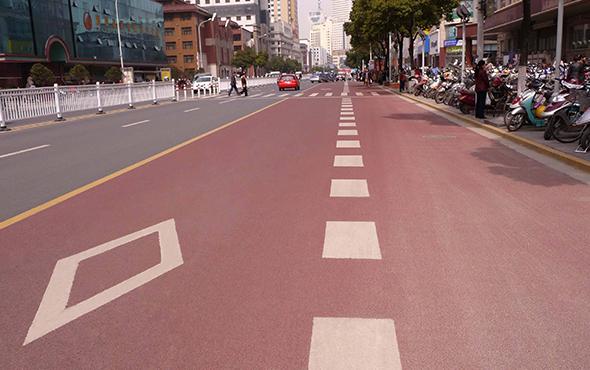 道路划线施工过程中的常见问题