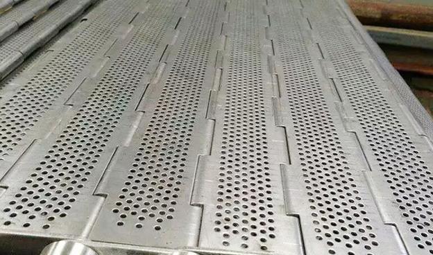 如何保养链板输送机上的链条?