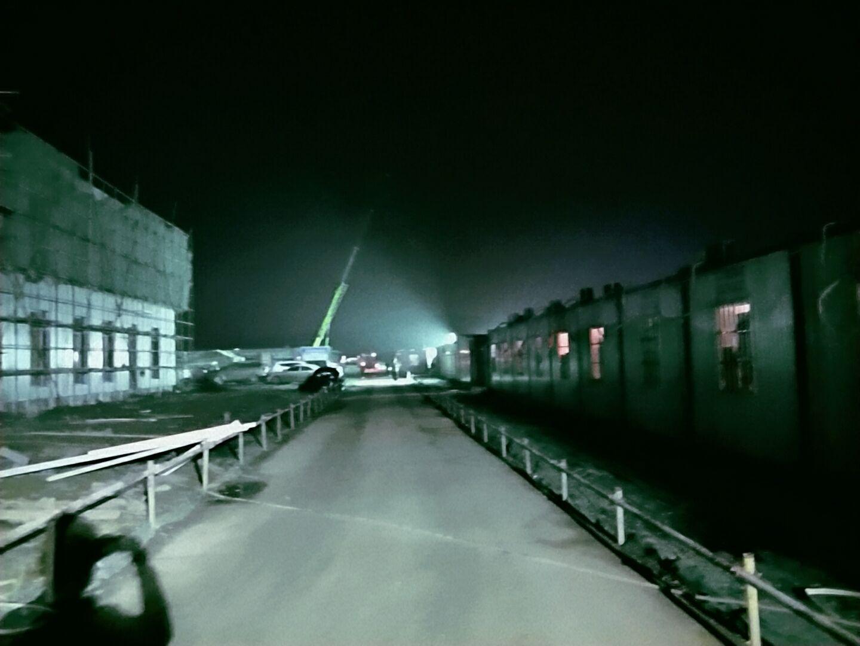 一般工地上都使用600WLED防爆投光灯