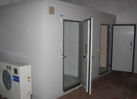 冷库门的位置与安装问题