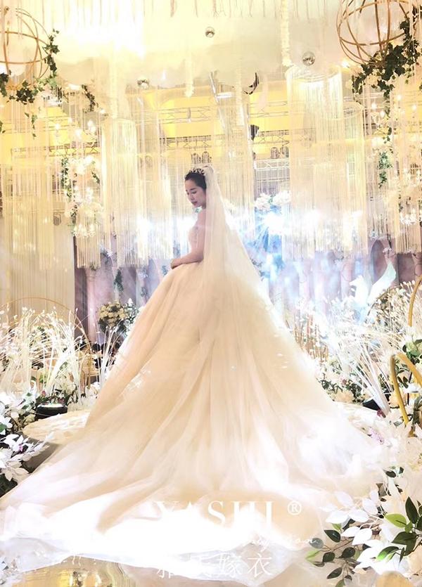 高端婚纱定制-款式⑨