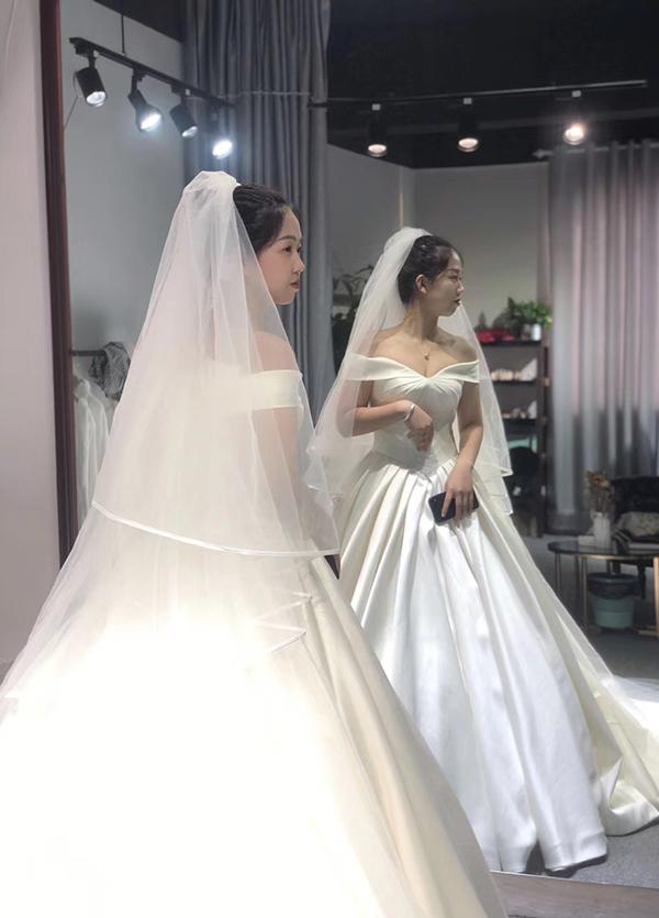 高端婚纱定制-款式17