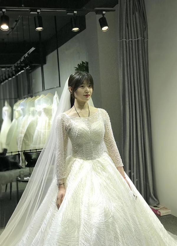 高端婚纱定制-款式18