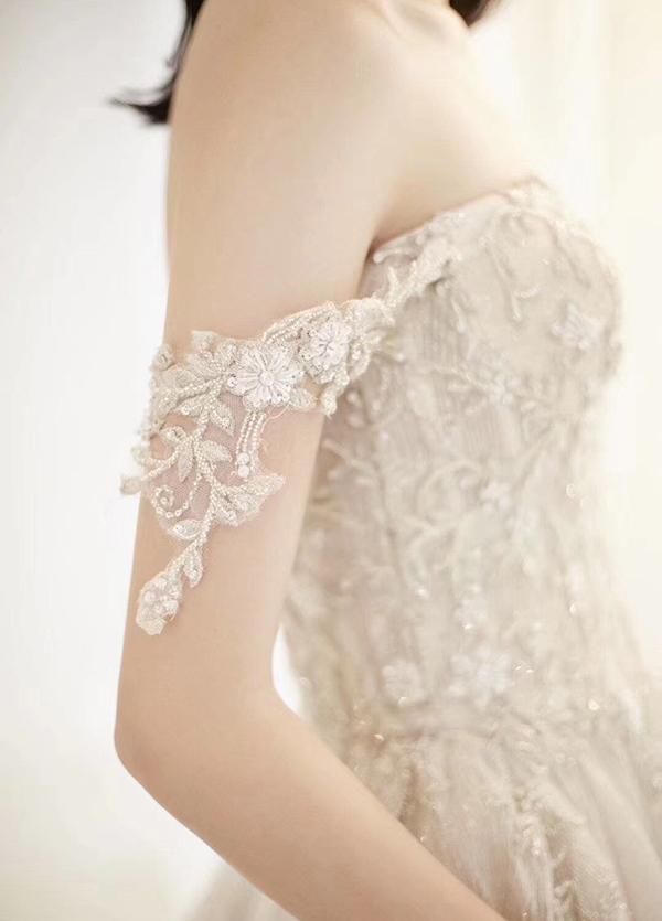 高端婚纱定制-款式30
