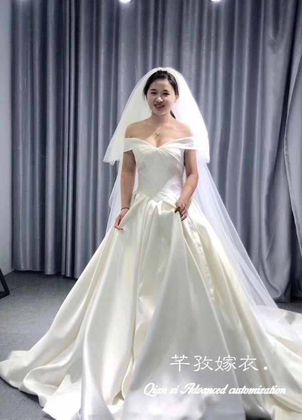 高端婚纱定制-款式35