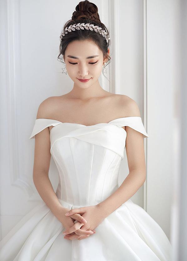 高端婚纱定制-款式36