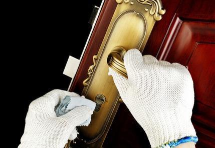 指纹锁保养还看乌鲁木齐开锁公司