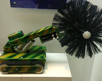 中央空调通风管道清扫吸尘机器人第八代