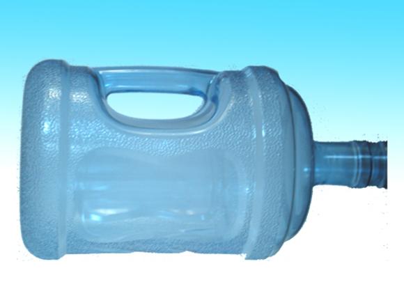 淄博雅凯塑料制品厂是生产纯净水桶,异型矿泉水桶及模型,矿泉水桶,pc水桶优秀厂家