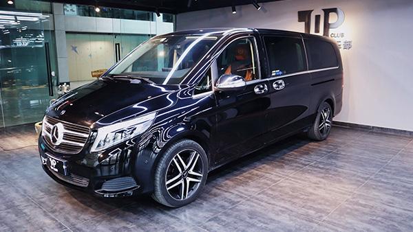 奔驰V260 黑-商务