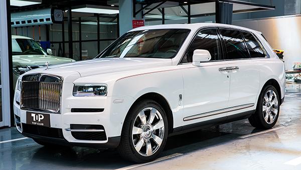 劳斯莱斯-库里南-白-SUV