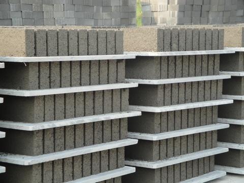 PVC砖机托板2