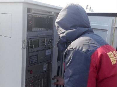 交通信号机厂家技术人员现场调试