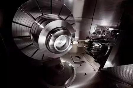 磨削机械的平安使用和管理,主要是围绕保证砂轮的平安进行。从砂轮运输、存储,使用前的检查,砂轮的装置、修整,磨削机械的操作,其中任一环节的疏忽都会给磨削机械埋下安全隐患。