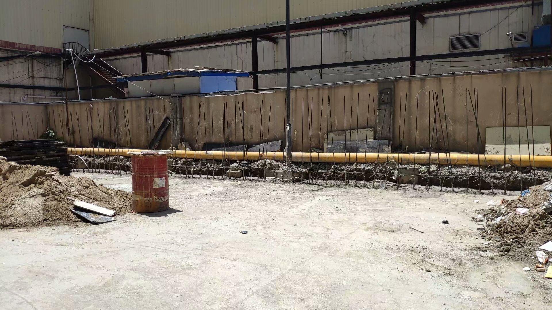 万和城商场垃圾台强化改造施工