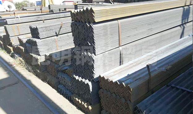 鍍鋅角鋼廠家批發