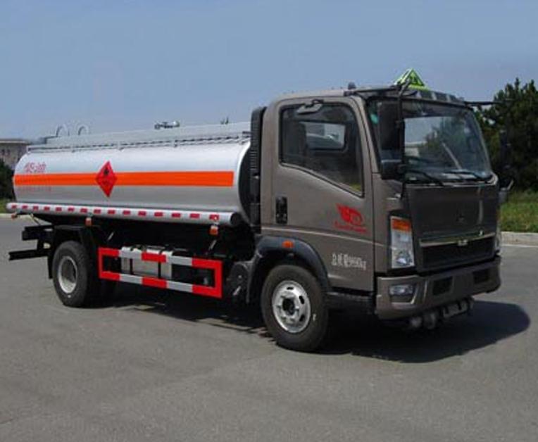 丹凌牌HLL5100GJYZ5型加油车