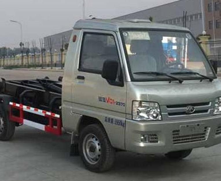 HLL5021ZXX型车厢可卸式垃圾车