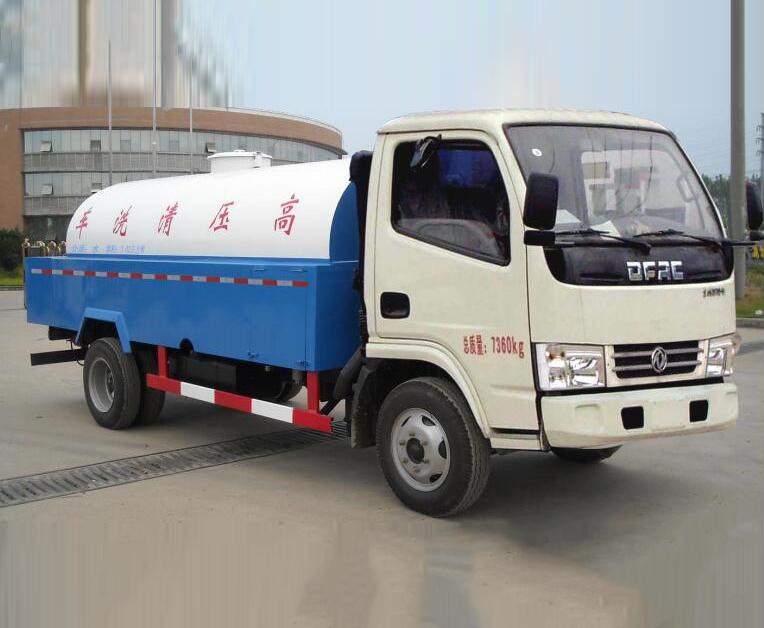 东风DLQ5070GQX5型清洗车