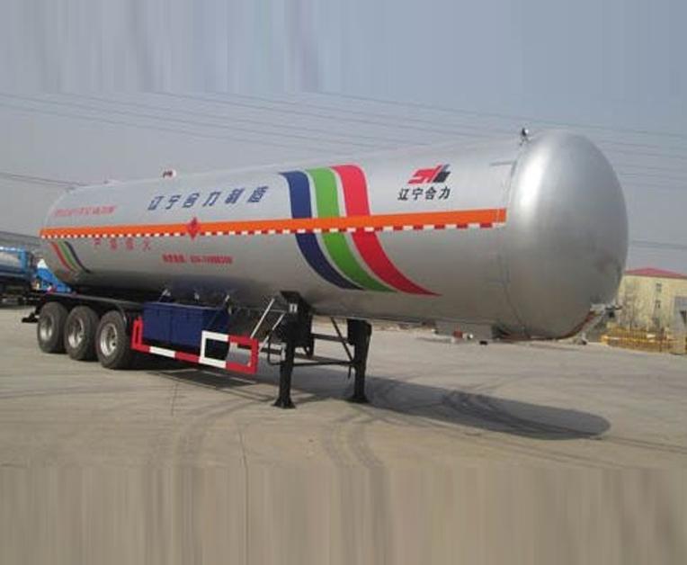 HLL9405GYQB型液化气体运输半挂车