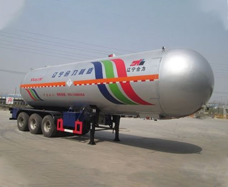 HLL9403GYQ型液化气体运输半挂车