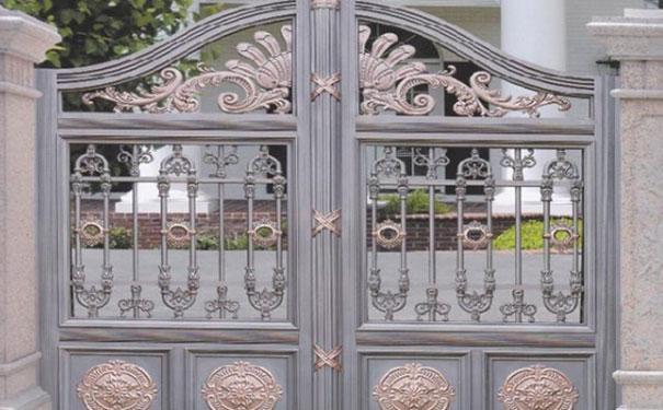 锌合金护栏大门制作厂家