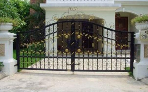 锌合金护栏生产厂家