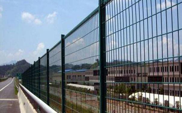 工厂围墙栅栏厂家