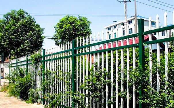 铁艺栏杆订做