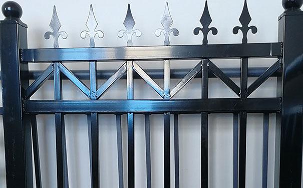 仿古铁艺栏杆