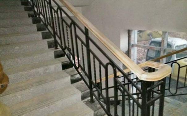 楼梯间扶手栏杆