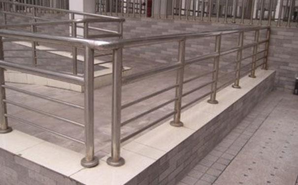 贵州不锈钢立柱栏杆厂家