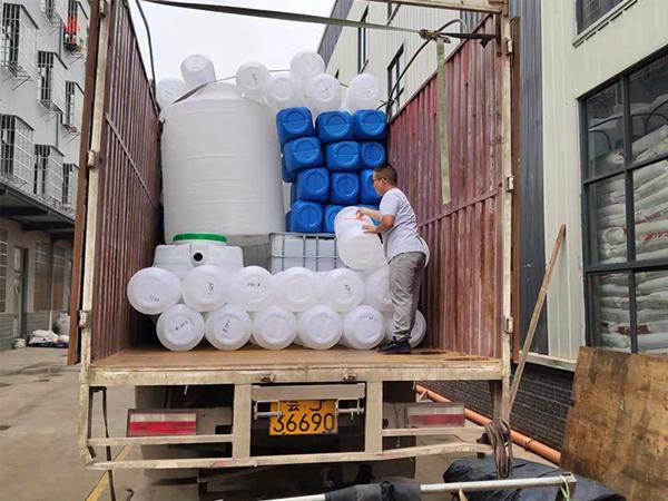 塑料制品发货现场