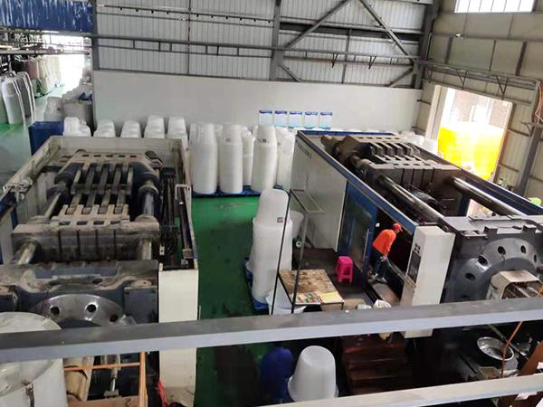 云南塑料桶生产车间,昆明塑料桶生产车间展示