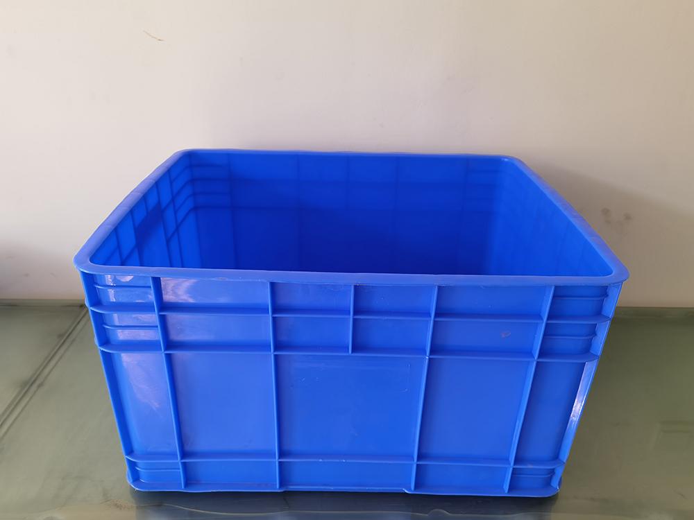 云南塑料周转箱厂家在设计塑料周转箱模具时都有哪些要求