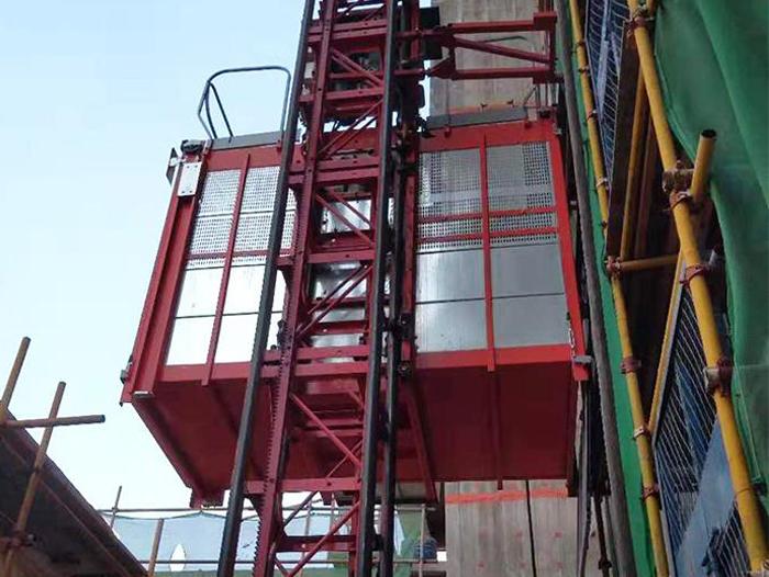 普通建筑施工电梯