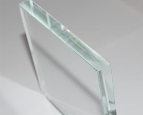 沈阳钢化玻璃餐桌的保养
