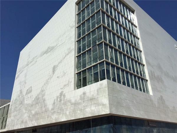 穿孔铝单板在建筑装饰中都有哪些作用
