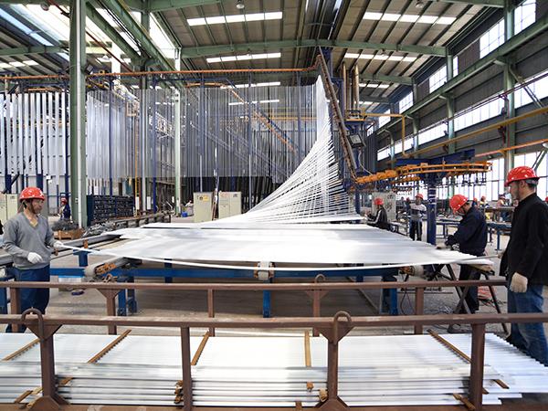 国昆铝单板生产线