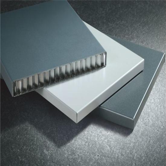 蜂窩鋁單板的生產標準步驟分享給你們