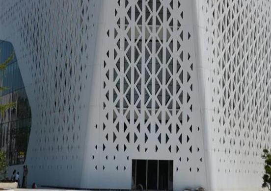 廣東鋁單板安裝施工時細節很重要