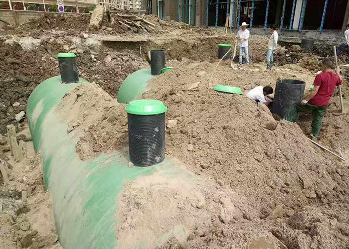 华威物流园预埋模压玻璃钢化粪池工程