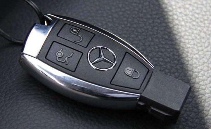 锁艺工坊教你配VVDI-FBS3奔驰全智能钥匙的注意事项