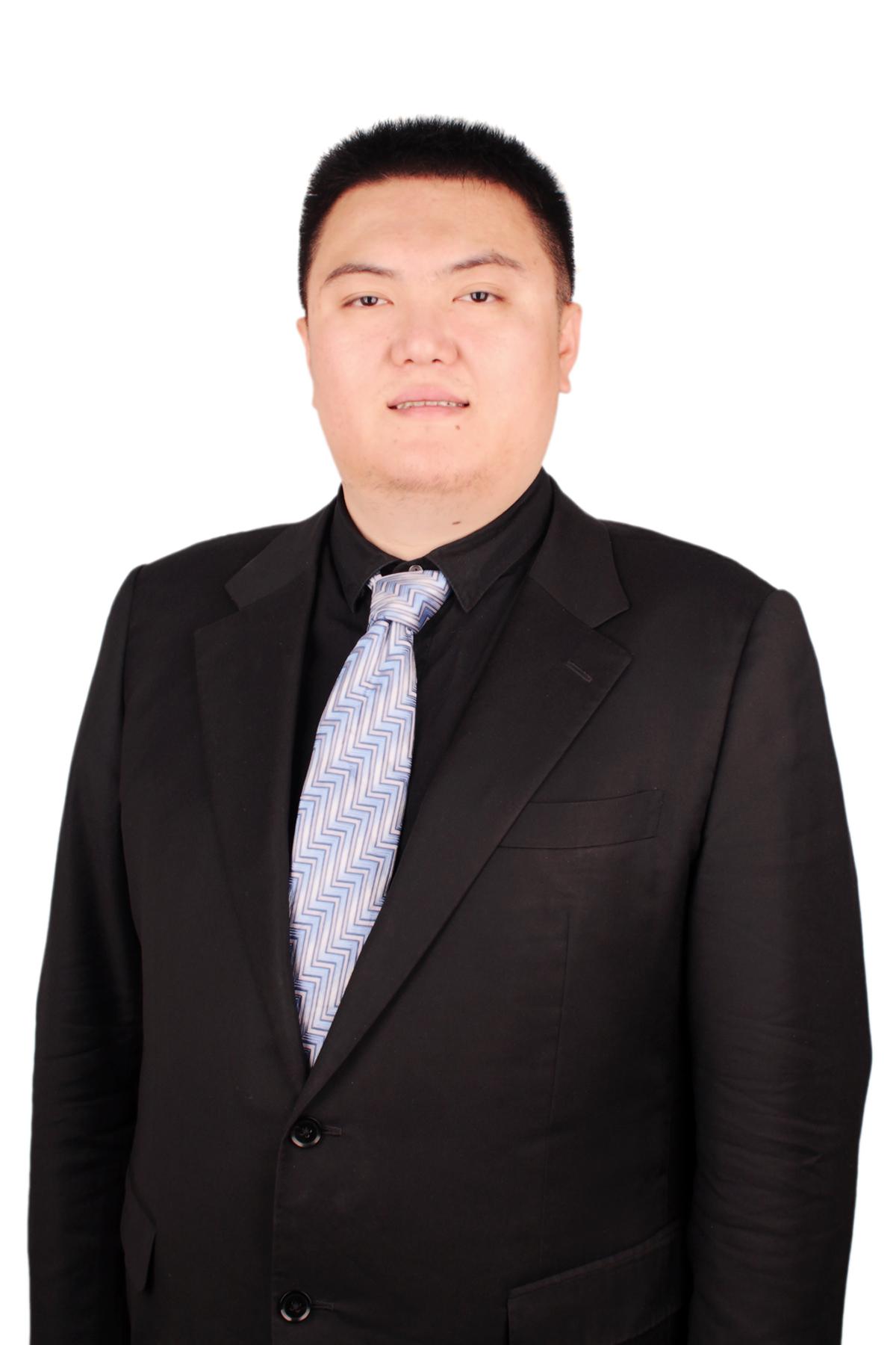 律师合伙人(王卓)