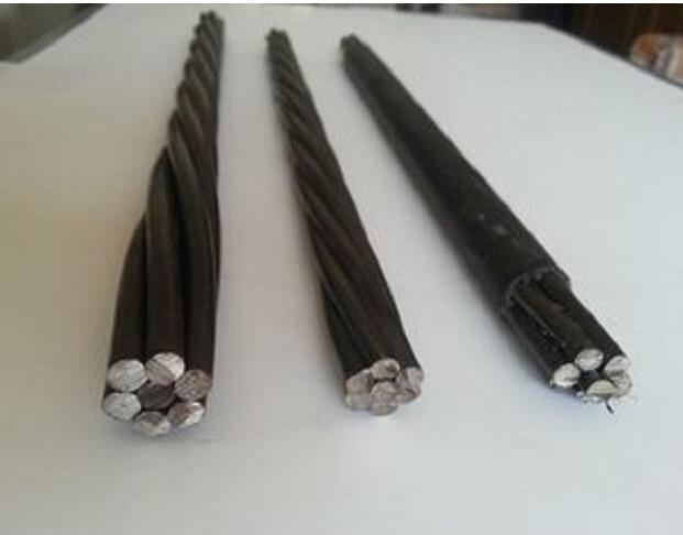 钢绞线是由多根钢丝绞合构成的钢铁制品