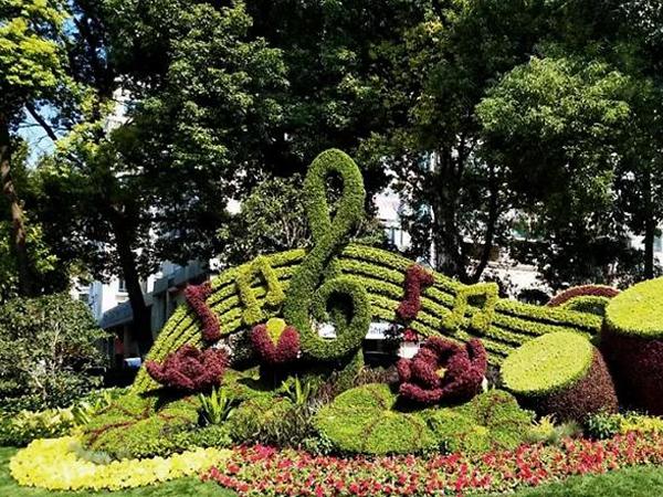 仿真绿雕造型