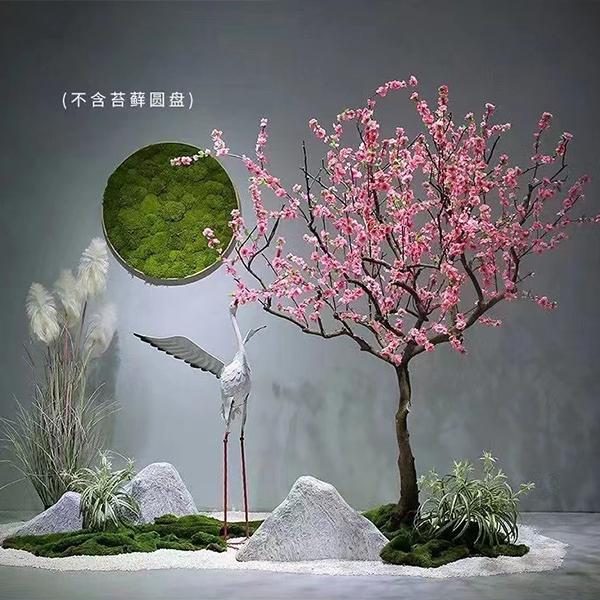 软装中植入花艺元素已经成为一个室内设计的趋势和潮流,通过花艺绿植,有效提升居家以及商业空间的生态化空间美学体现