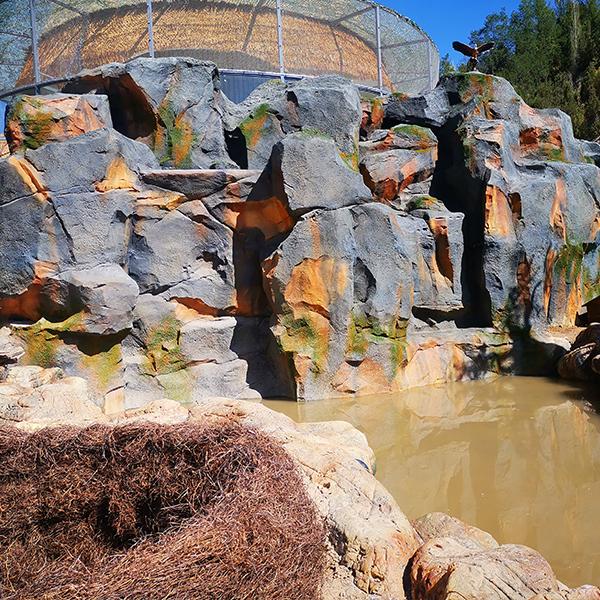 酒泉水泥塑石假山